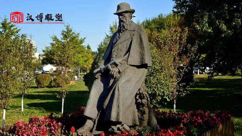 校园主题雕塑_人物铸铜雕像_户外大型铜雕_人物雕像制作_园林景观丢失