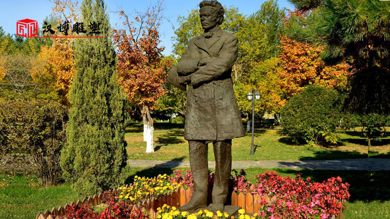 校园人物雕塑_名人雕像制作_校园文化铜雕_人物石雕定制_主题公园雕像